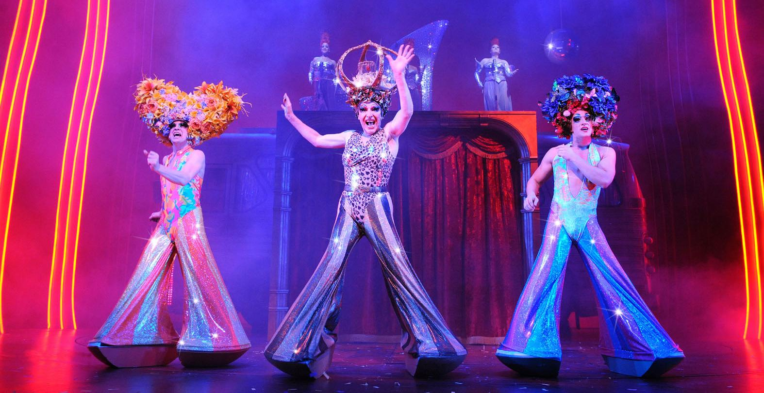 l-r-jason-donovan-tick-tony-sheldon-bernadette-and-oliver-thornton-adam-in-priscilla-queen-of-the-desert-the-musical
